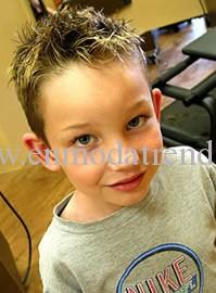 Erkek çocuklarına uygun saç modeli