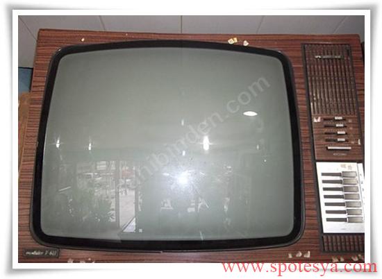 an tika tüplü siyah beyaz televizyonlar006