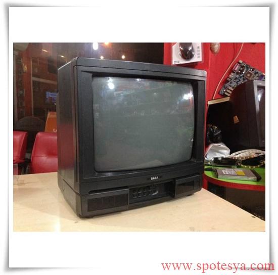 an tika tüplü siyah beyaz televizyonlar010